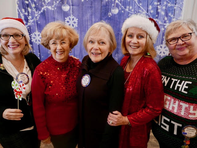 Left to right: Susan Wack, Mary Jane Oakley, Mo Merhoff, Barbara Ellis, Sharleen Miller